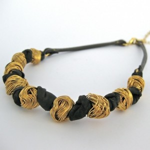 hagar-satat-knitted-ball-necklace-gold-brown