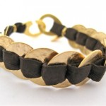 oval-discs-leather-bracelet-gold-brown