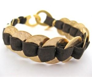 oval-discs-leather-bracelet-gold-brown