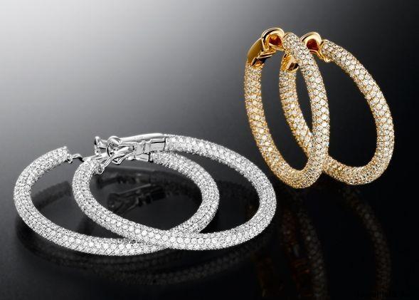 Handmade Diamond Earrings by Jewelry Designer Artur Scholl