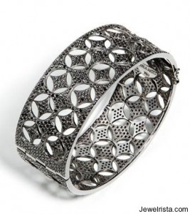 Caviar Ring by Jewelry Designer Carla Amorim