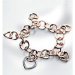 Gold and Diamond Heart Bracelet by Georg Lauer