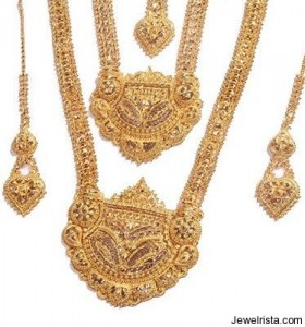 Gold Vintage Bridal Jewelry From India