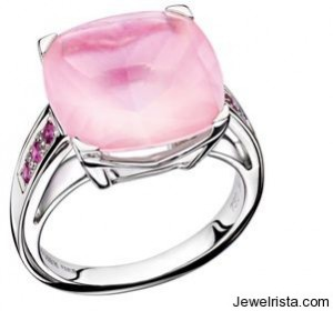 Petite Rose d'Amour Ring by Jewelry Designer Mauboussin