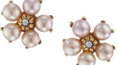 Flower Earrings for the Coming Spring